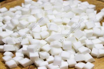 Dừa sấy lạnh đảm bảo độ khô cần thiết, màu trắng đẹp, bảo quản lâu